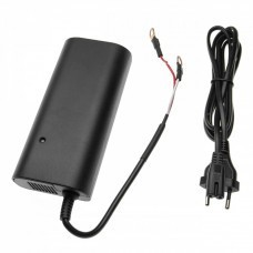 Charger with ring lugs for 12.8V LiFePO4 batteries, 14.6V, 8A